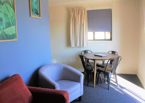 A seating area at BIG4 Hobart Airport Tourist Park