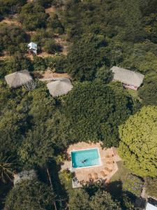 Een luchtfoto van Mondi Lodge