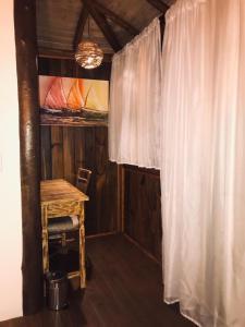 Uma ou mais camas em beliche em um quarto em Pousada de Charme Emirados