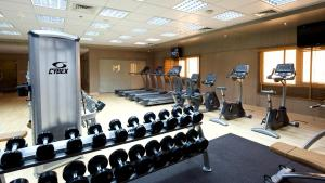 The fitness centre and/or fitness facilities at TIME Grand Plaza Hotel, Dubai Airport