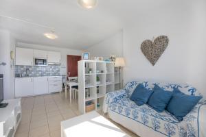 Zona de estar de beach at 250 m, ocean view, 2 bedrooms, Wi-Fi