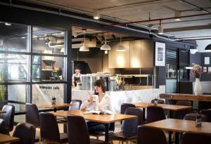A restaurant or other place to eat at Shama Sukhumvit Bangkok