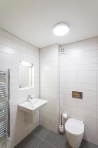 A bathroom at Tregenna Castle Resort