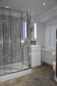 A bathroom at Chapelhill Croft