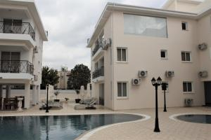 The swimming pool at or close to Carisa Livadia Gardens