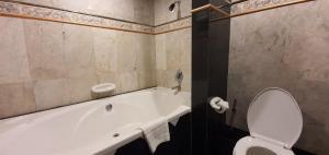 Ванная комната в Garden Sea View Resort