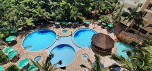 A view of the pool at Thermas Paradise Cobertura de Alto Padrão or nearby