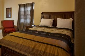 A bed or beds in a room at Icis Villas