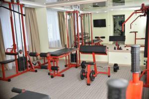 Фитнес-центр и/или тренажеры в Гостиница Аэропорт