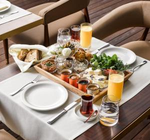 Breakfast options available to guests at Georges Hotel Galata