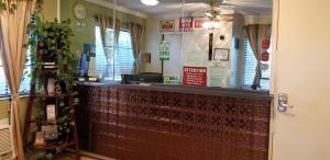 The lobby or reception area at Sierra Crossing Motel