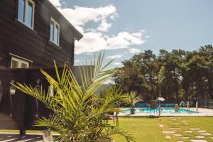 The swimming pool at or close to Toftemo Turiststasjon