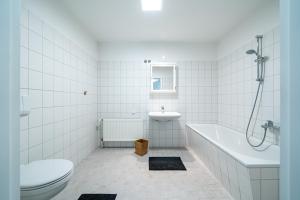 A bathroom at TEEK Hostel