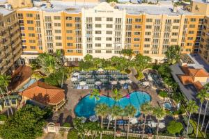A view of the pool at Embassy Suites Deerfield Beach - Resort & Spa or nearby