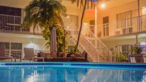 The swimming pool at or near Soleado Hotel