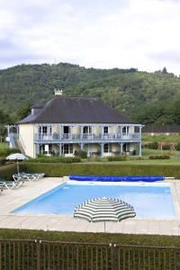 The swimming pool at or near Les Belles Rives 2p 5