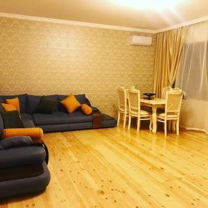 Uma área de estar em Cülyan ev