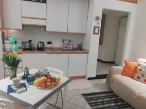 A kitchen or kitchenette at DonnaBarbara