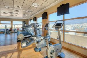 The fitness center and/or fitness facilities at Divani Caravel