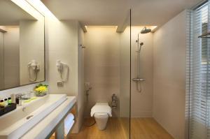 A bathroom at Amari Phuket - SHA Plus