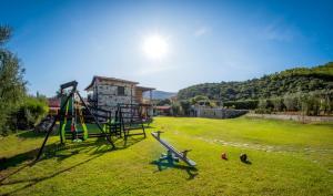 Ο χώρος παιχνιδιού για παιδιά στο Niriides