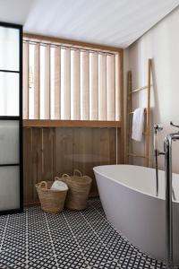 A bathroom at Terra Dominicata - Small Luxury Hotels