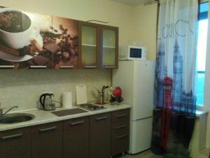Кухня или мини-кухня в Philisa na Neve