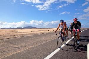 Rowery dostępne w obiekcie Oasis Papagayo Sport Resort lub w pobliżu
