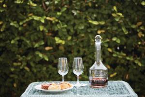 Drinks at Reid's Palace, A Belmond Hotel, Madeira