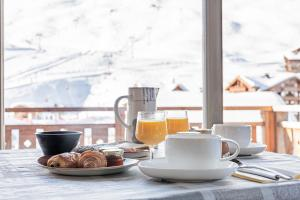 Colazione disponibile per gli ospiti di Hotel Le Gentiana