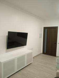 A television and/or entertainment center at Brazan Holidays