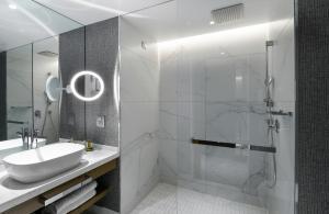 A bathroom at Makedonia Palace