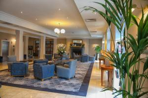 The lobby or reception area at The Parkavon Hotel