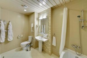 Ванная комната в Репино Cronwell Park Отель и СПА