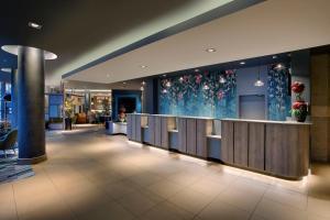 The lobby or reception area at Jurys Inn Swindon