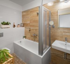 A bathroom at Four Trees