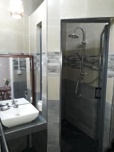 A bathroom at Hello Guest House