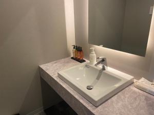 A bathroom at My DearⅡ