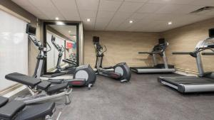 The fitness center and/or fitness facilities at TownePlace Suites by Marriott Ontario-Mansfield