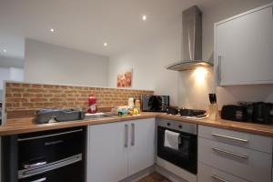 A kitchen or kitchenette at Studio 332
