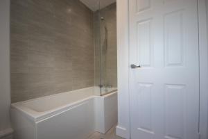 A bathroom at Studio 332