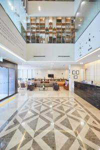 The lobby or reception area at Days Hotel by Wyndham Seoul Myeongdong