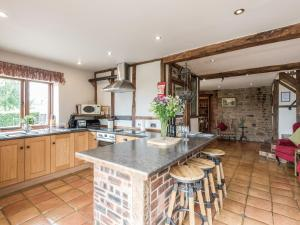 A kitchen or kitchenette at Turnip House