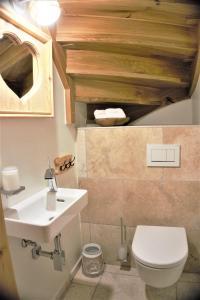 Ein Badezimmer in der Unterkunft Chalet Watzmann