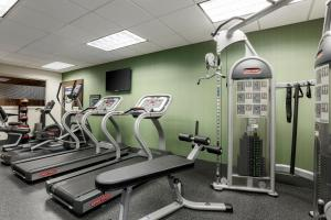 The fitness centre and/or fitness facilities at Hampton Inn Chicago-Midway Airport