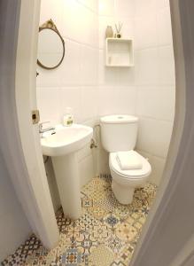 Un baño de Pensión Cádiz
