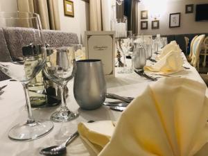Un restaurant sau alt loc unde se poate mânca la Pensiunea Dimitrios