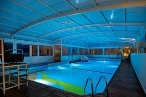 Astral Nirvana Suites- Half Board Premiumの敷地内または近くにあるプール