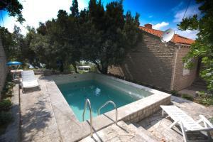 Piscine de l'établissement Apartments Villa Marijeta ou située à proximité