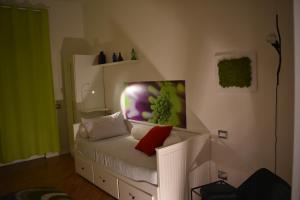 A seating area at Appartamenti Bruzzanese
